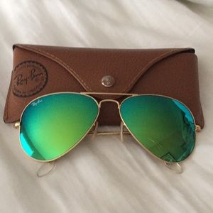 Ray-Ban Accessories - Ray-ban aviator gold frame green mirror lens